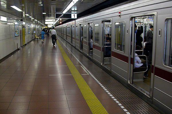 東京の地下鉄は複雑!出口に迷う...