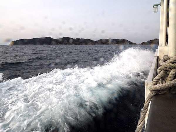 連絡船から望む青島