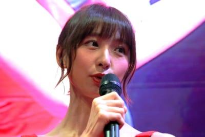 篠田麻里子が海上保安庁イメージモデルに 「最高の親孝行」と称賛されるワケ