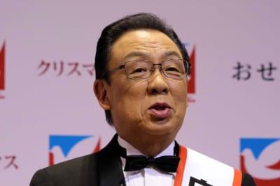 梅沢富美男、生放送で不適切発言するも「感動した」「素敵な人」と称賛相次ぐ