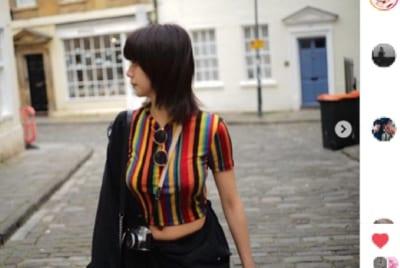 池田エライザの胸元ぴったりシャツに熱視線 「スタイルがヤバい」とファン悶々